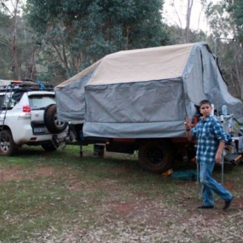 Take a family friendly group four-wheel drive training course to learn how to four-wheel drive in Perth.